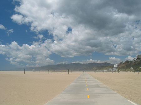 santa monica beach during sandstorm