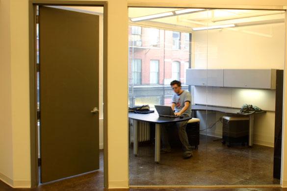 J0sh's Corner Office